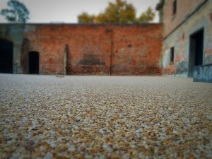 6mm Yellow Sienna paving