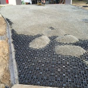 Drainage cell, laid and backfilled with gravel
