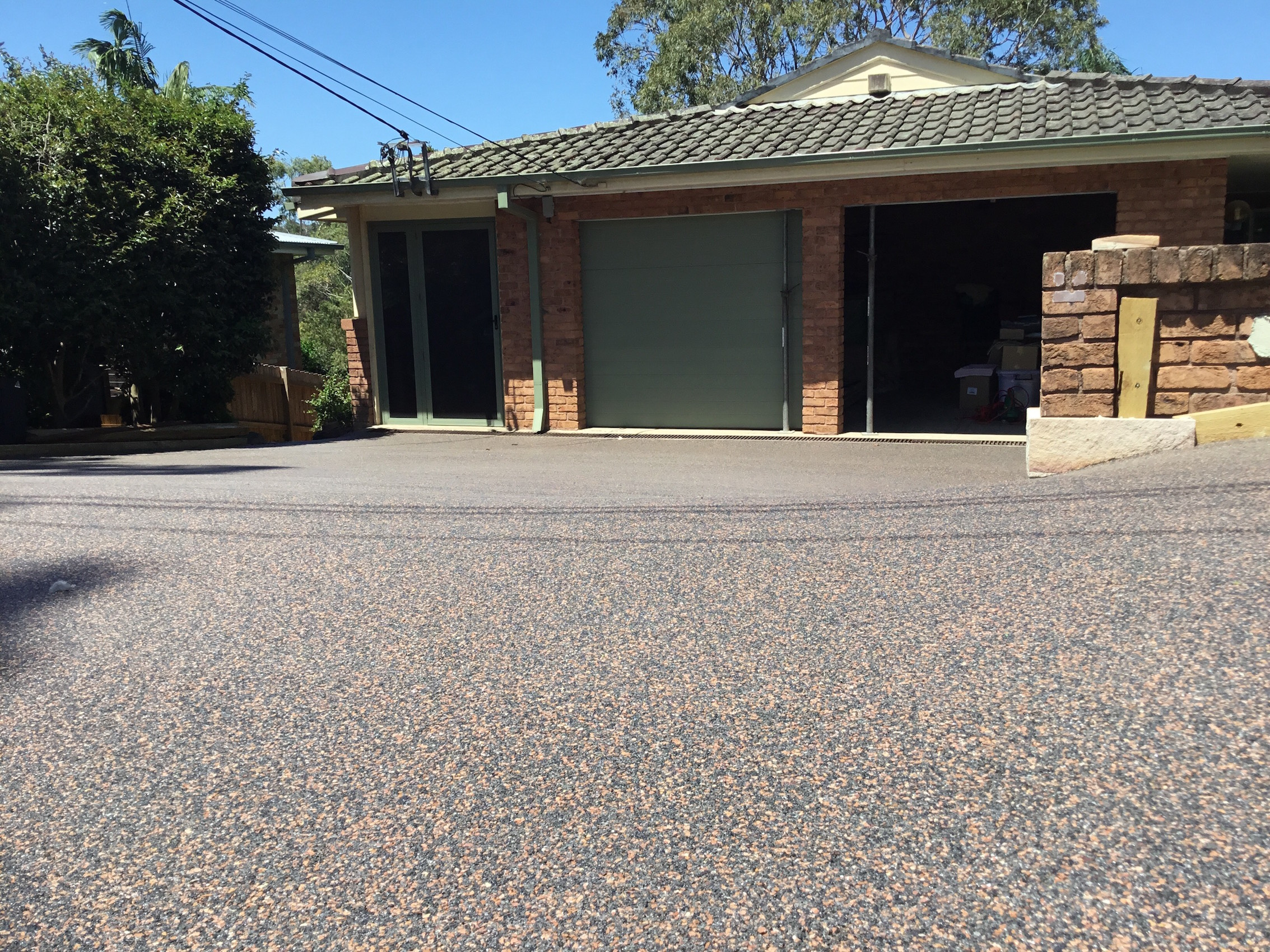 Private, Overlay Driveway, Roseville, 6mm Charcoal Coral
